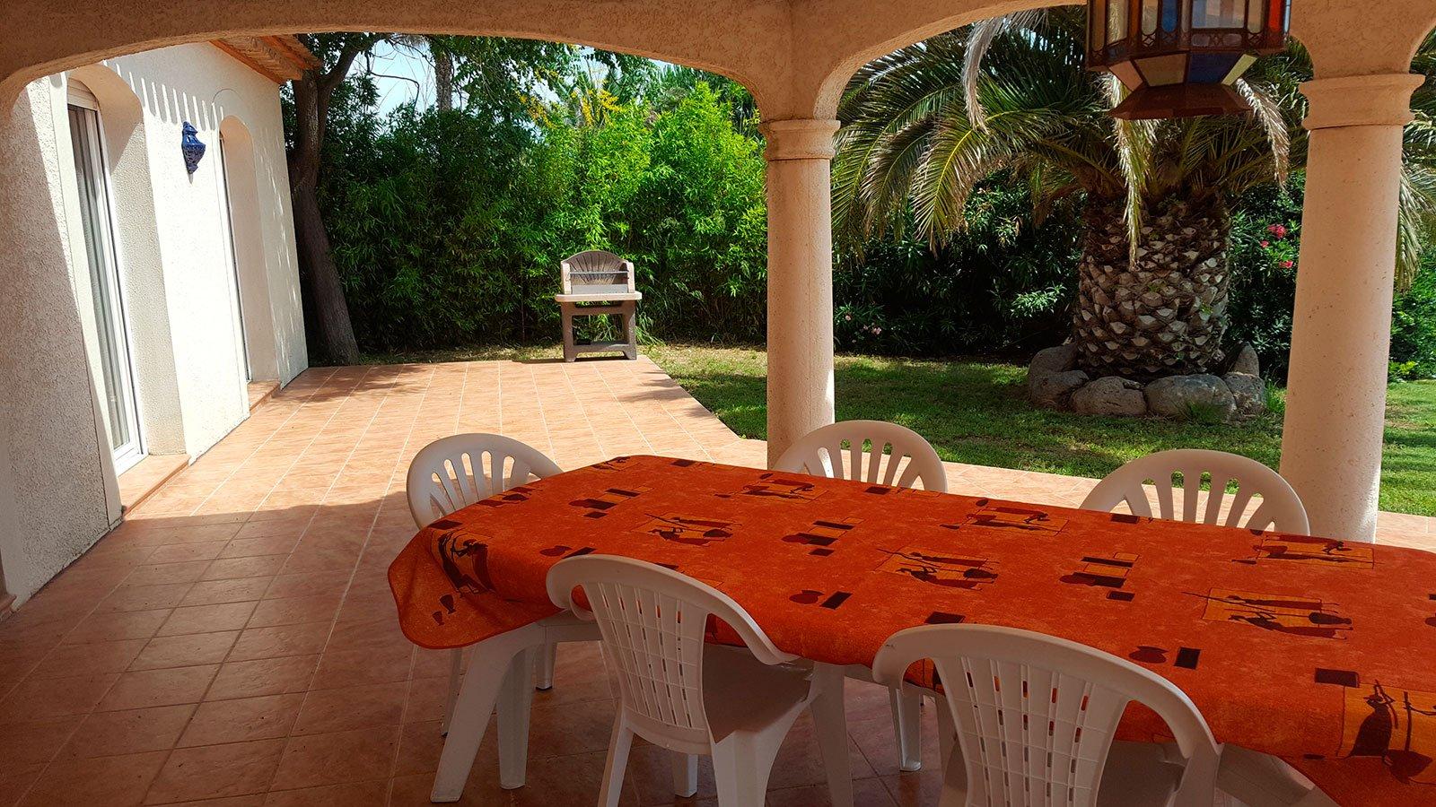 la-villa-romana-vue-barbecue