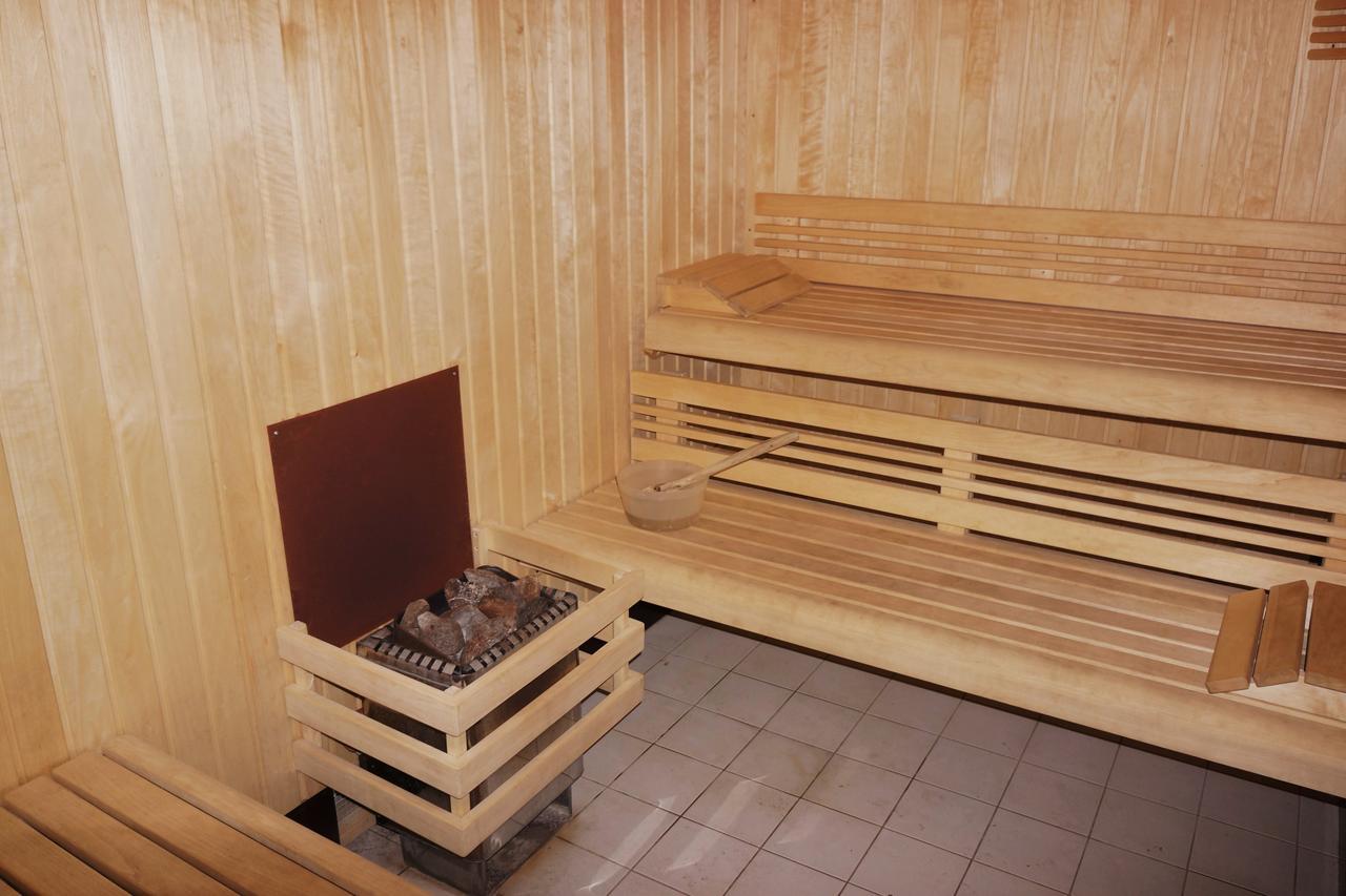 le-cerf-le-sauna-de-la-residence