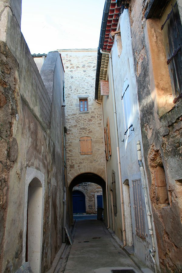 pomerols-passage-provencale